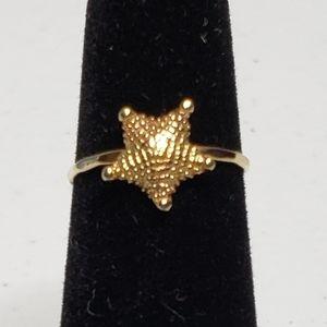 14K YG Textured Starfish Stackable Midi Pinky Ring
